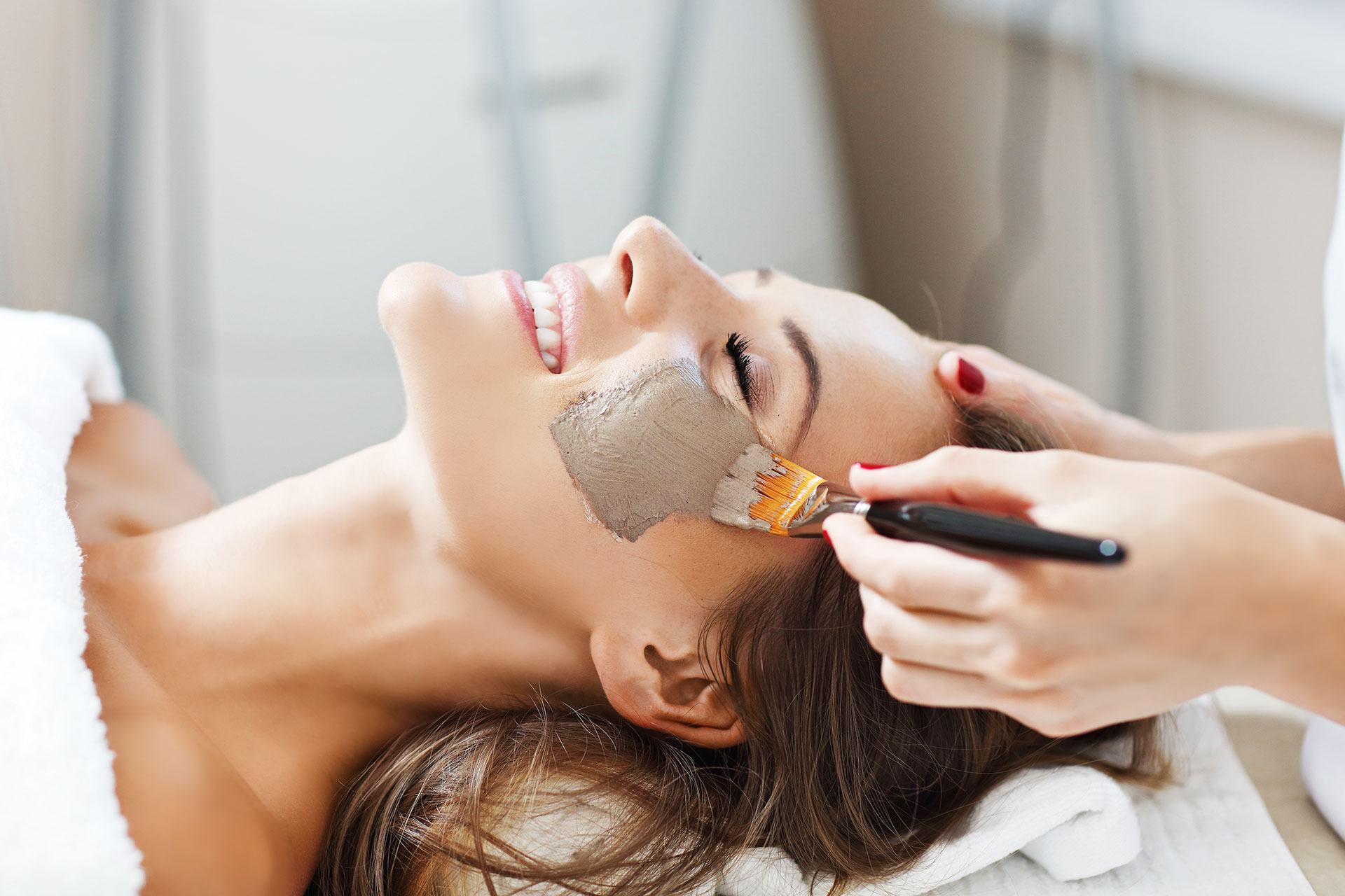 Gesichtsbehandlung - Andrea Wiedmer Beauty Spa Zürich